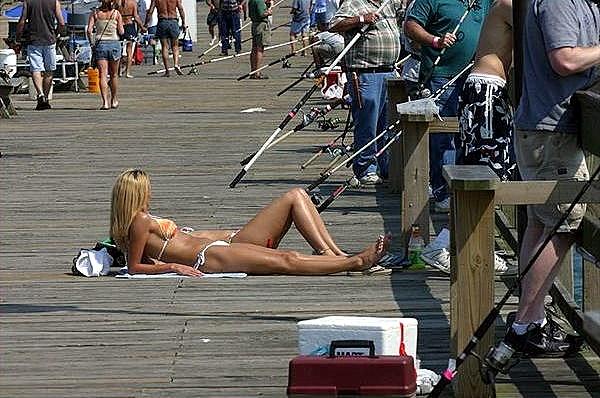 i рыбалка приколы блондинки